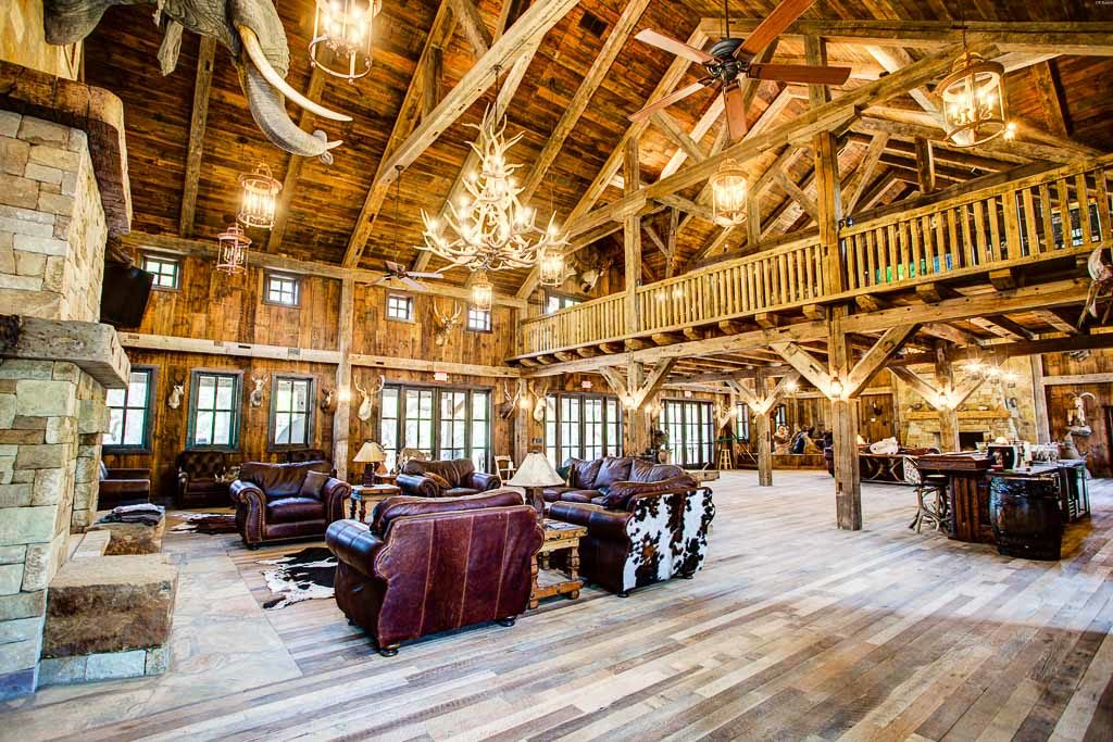 Hunting Lodge Photo Gallery