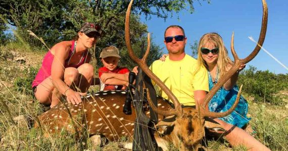 family axis hunt